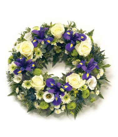WR11 Loose Wreath Blue and White