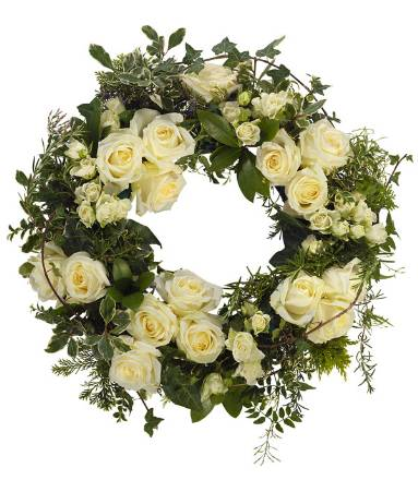 WR12 White Rose Wreath